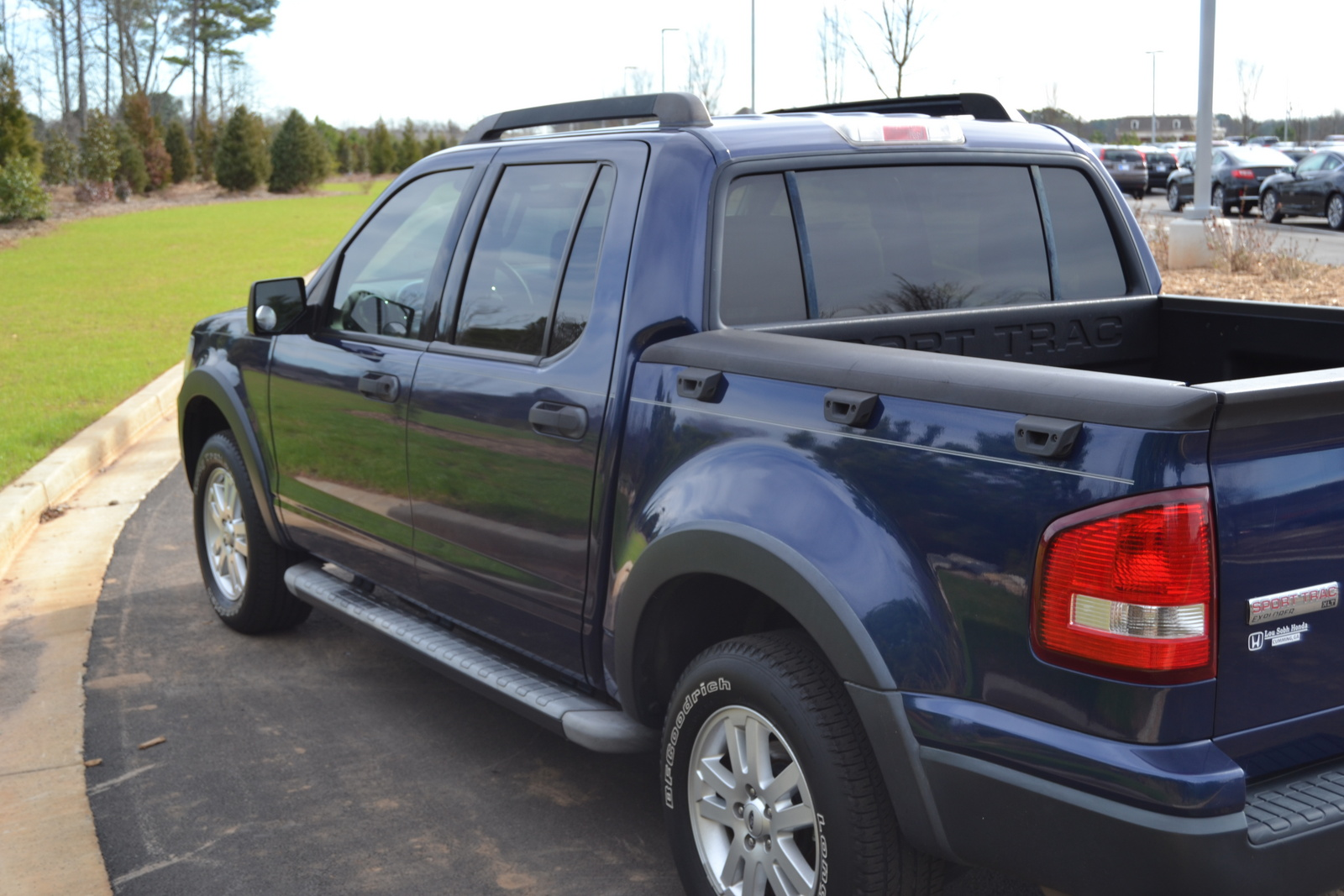 picture of 2007 ford explorer sport trac xlt exterior. Cars Review. Best American Auto & Cars Review