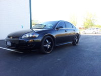 2009 Chevrolet Impala LT, 2009 Chevrolet Impala, EXCELLENT CONDITION! ! ! This car has been babied. Comes with 22 inch Black & Chrome rims with Toyo tires (and 17 in manufactures wheels for winter/Goo...