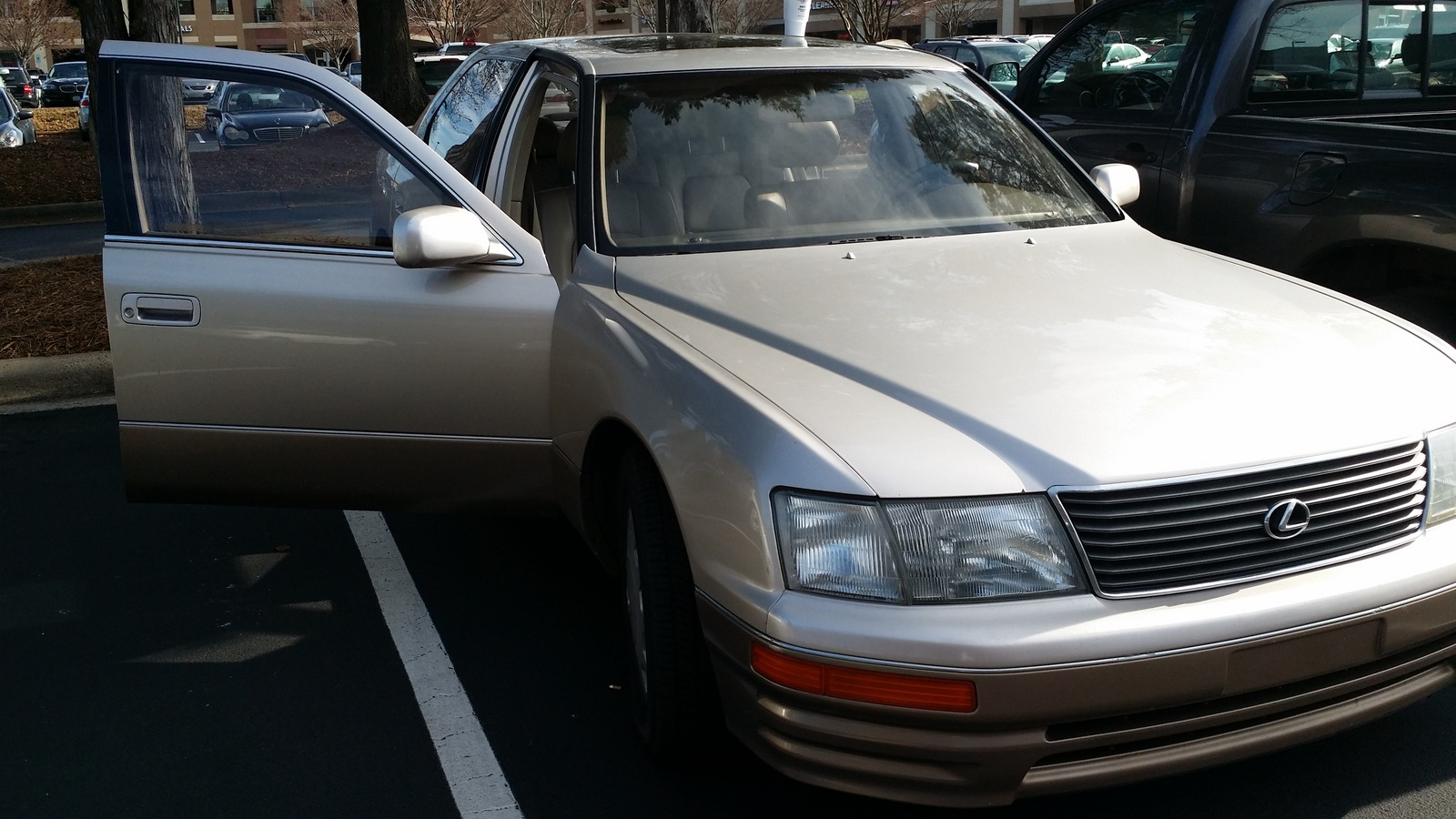Picture of 1995 Lexus LS 400 Base