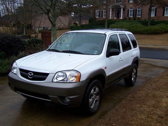 2004 mazda tribute pictures cargurus. Black Bedroom Furniture Sets. Home Design Ideas