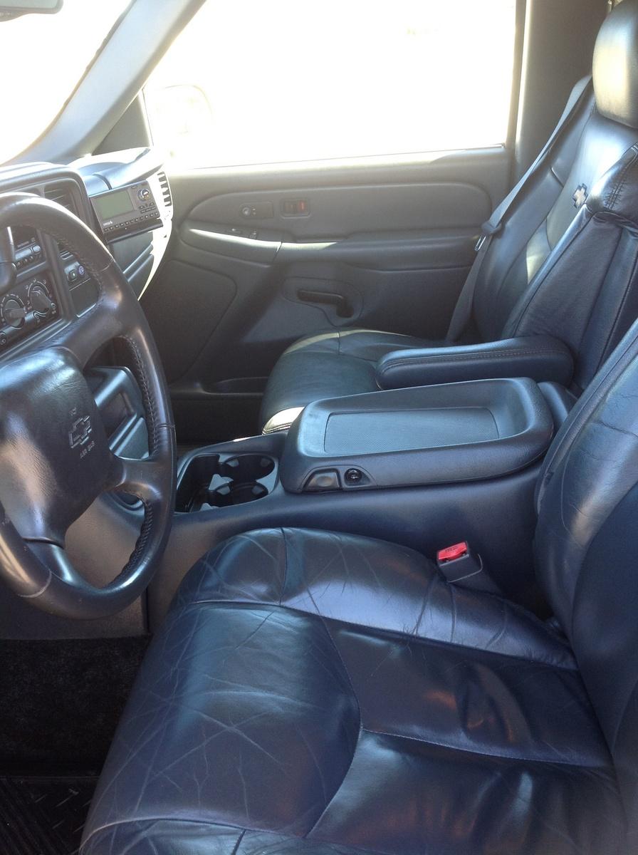 Picture Of 2002 Chevrolet Avalanche 4 Dr 1500 Crew Cab Sb  Interior