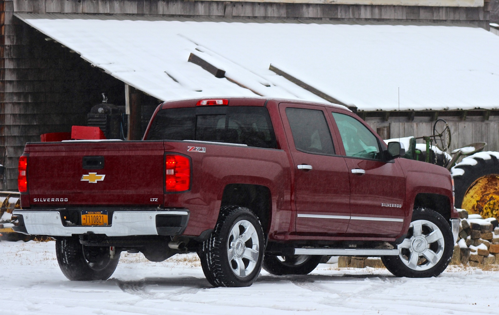 Rear 3/4 of the 2014 Chevrolet Silverado 1500