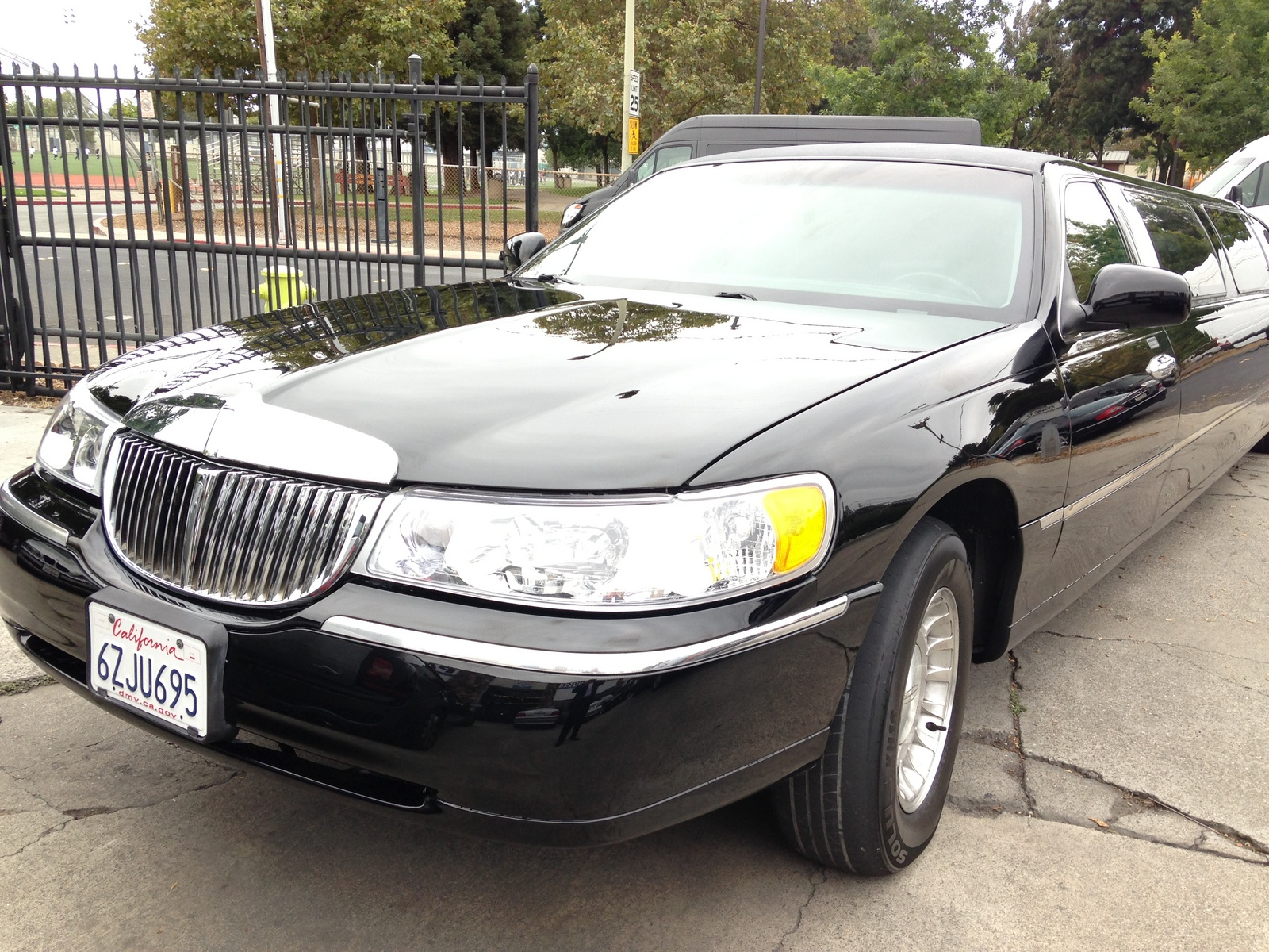 used lincoln town car for sale san jose ca cargurus. Black Bedroom Furniture Sets. Home Design Ideas