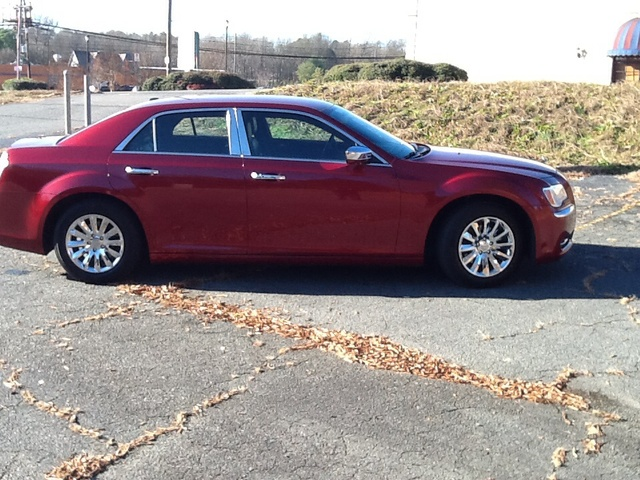 Picture of 2013 Chrysler 300 Base, exterior, gallery_worthy