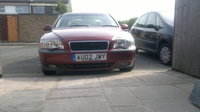 2002 Volvo S80, New grille fitted....the blue sidelights have gone btw before the cops told me to......!!! 8), exterior