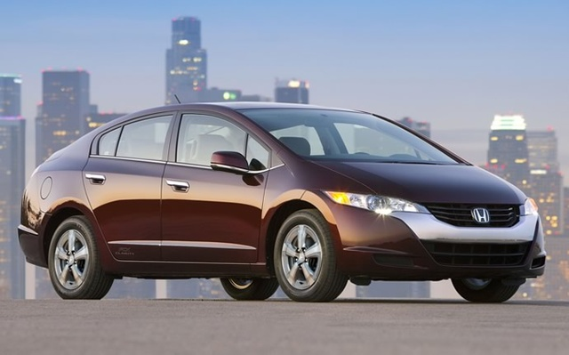 2014 Honda FCX Clarity, Front-quarter view, exterior, manufacturer, gallery_worthy