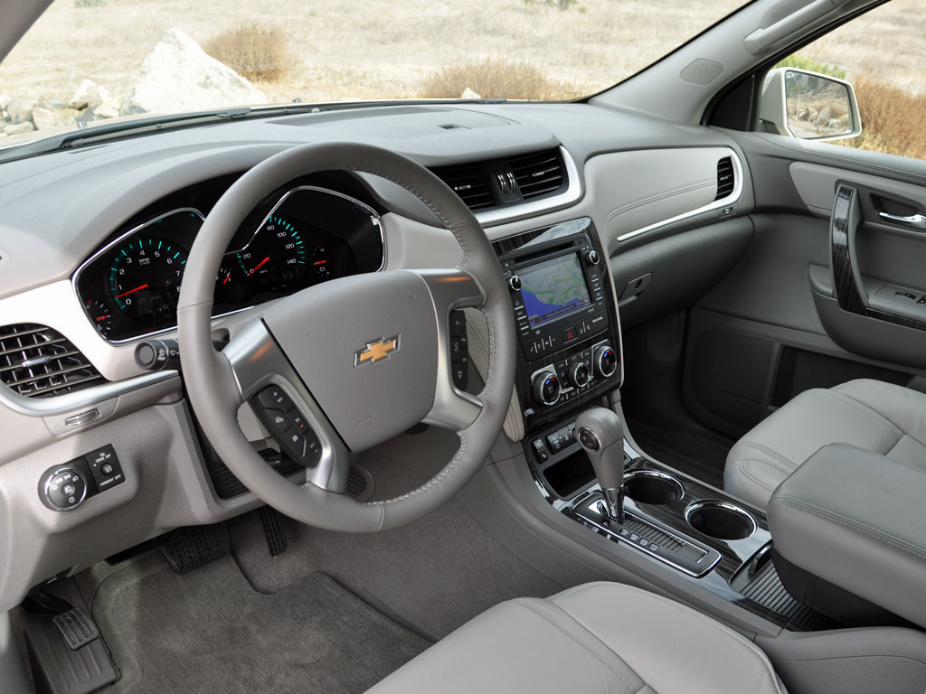2014 Chevy Traverse Interior