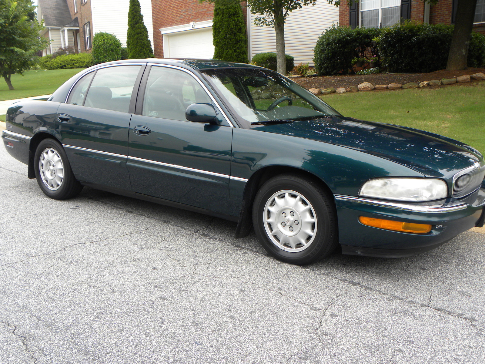 1999 Buick Park Avenue 4 Dr Ultra Supercharged Sedan picture