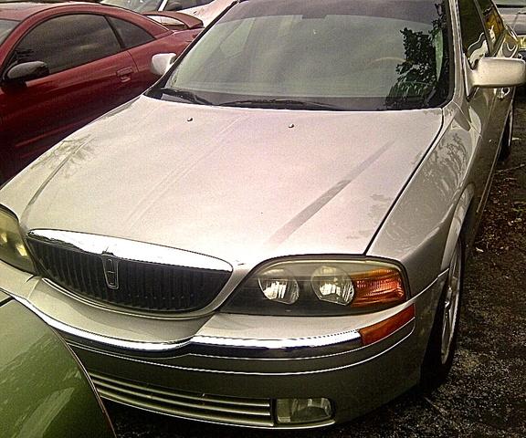 Lincoln Navigator V6: 2002 Lincoln LS