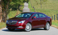 2014 Buick LaCrosse front, exterior, lead_in