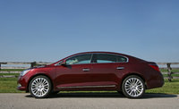 2014 Buick LaCrosse side profile, exterior