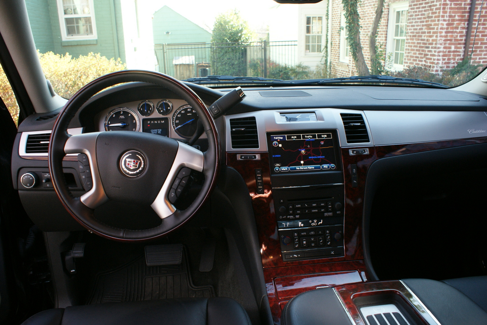 2014 cadillac escalade ext car interior design. Black Bedroom Furniture Sets. Home Design Ideas