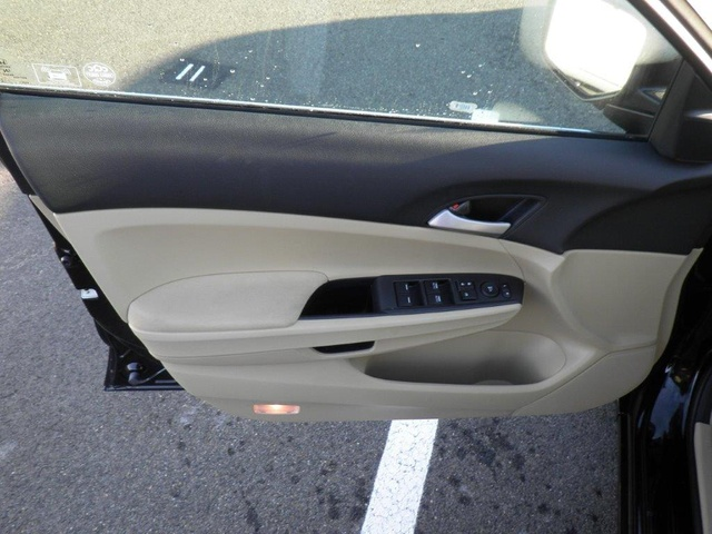 Picture of 2012 Honda Accord SE, interior