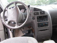 Picture of 2002 Nissan Quest SE, interior