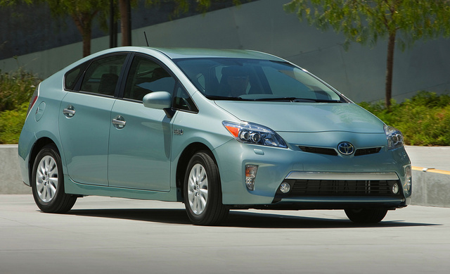 2014 Toyota Prius Plug-In, Front-quarter view, exterior, manufacturer, gallery_worthy