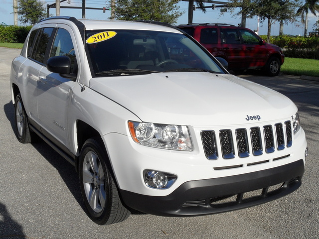 Picture of 2011 Jeep Compass