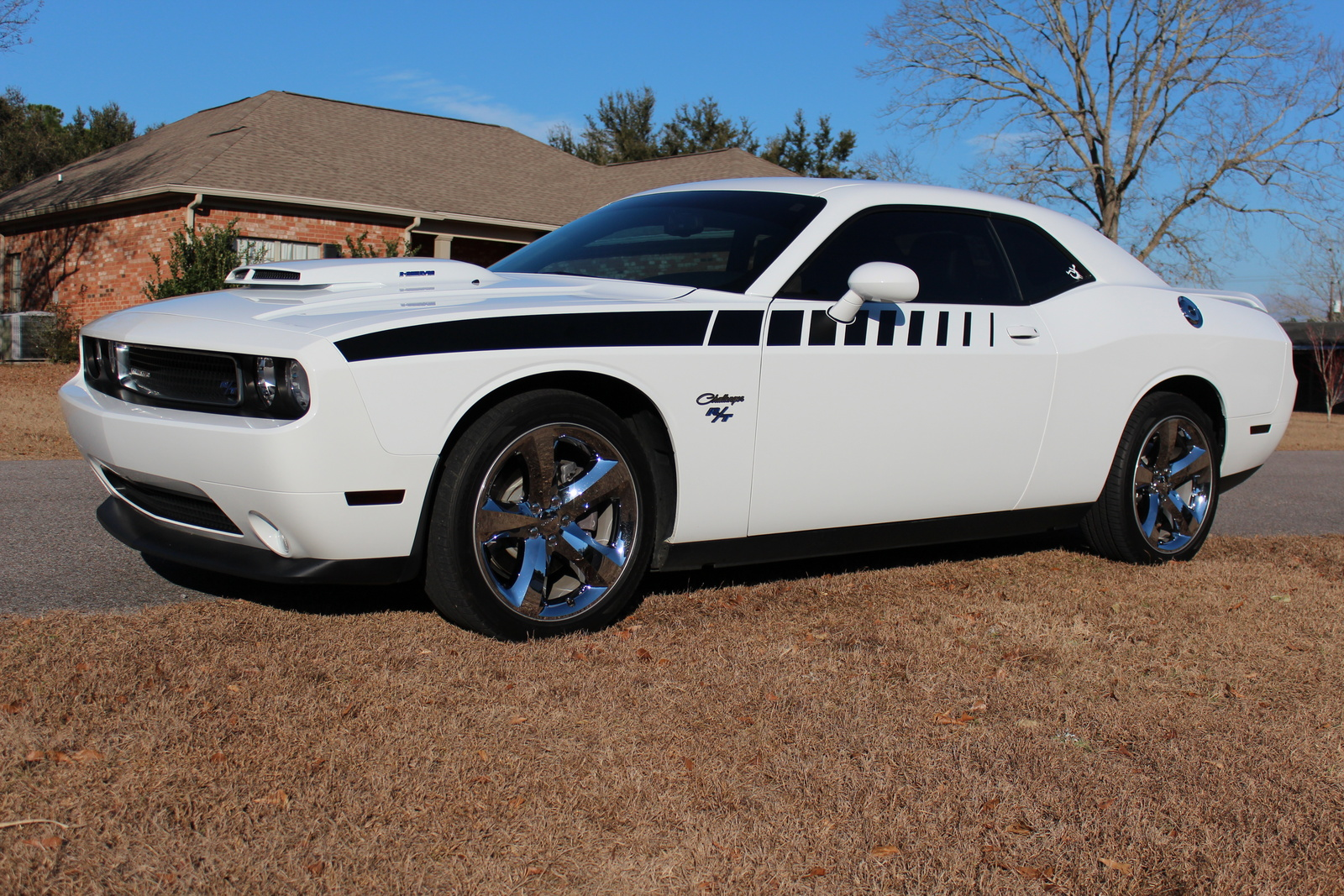 2012 dodge challenger pictures cargurus. Cars Review. Best American Auto & Cars Review
