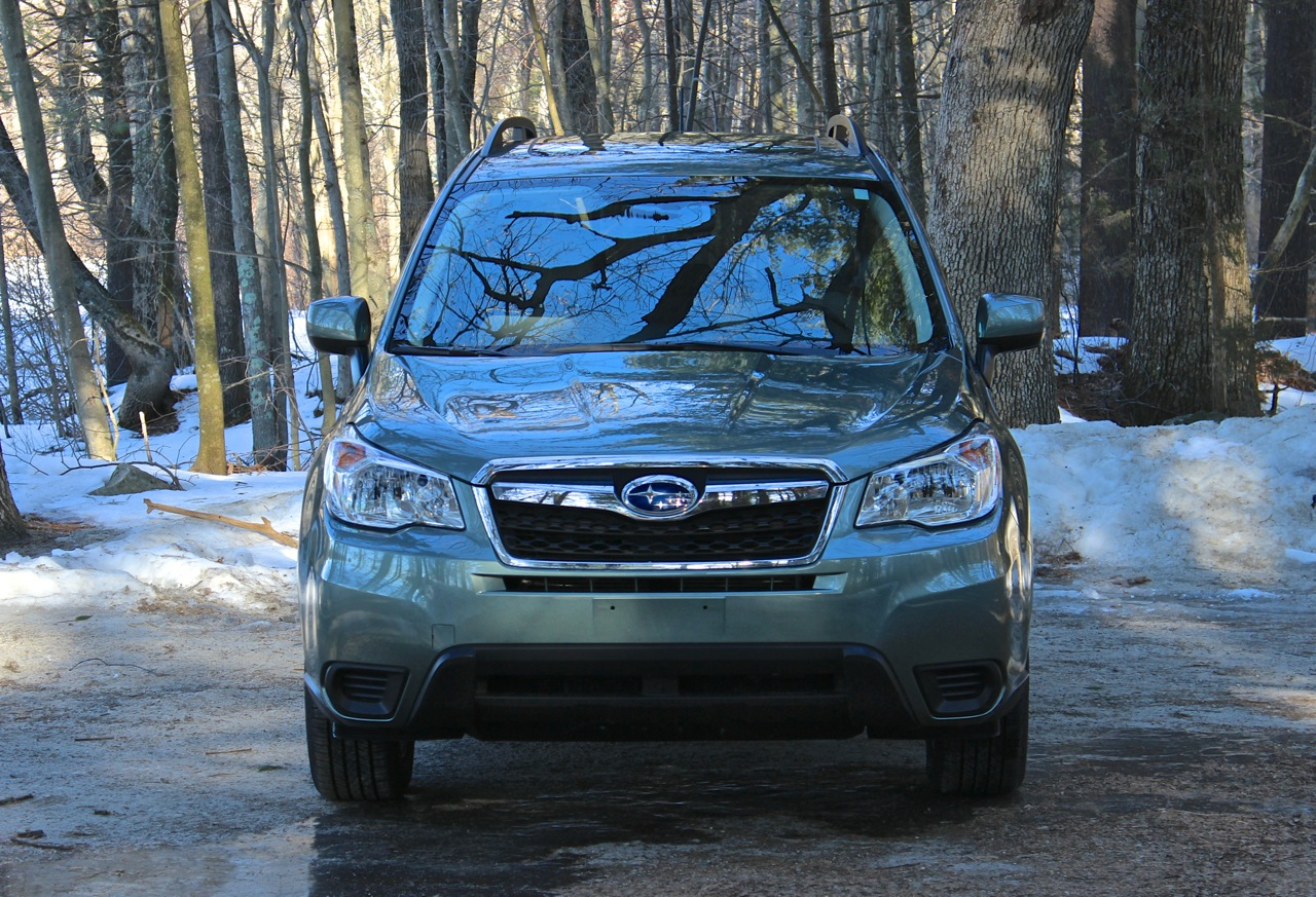 Front view of the 2014 Subaru Forester
