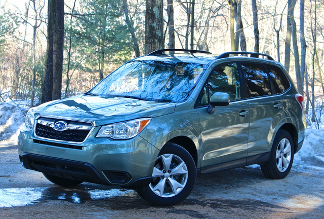 Front 3/4 of the 2014 Subaru Forester, exterior
