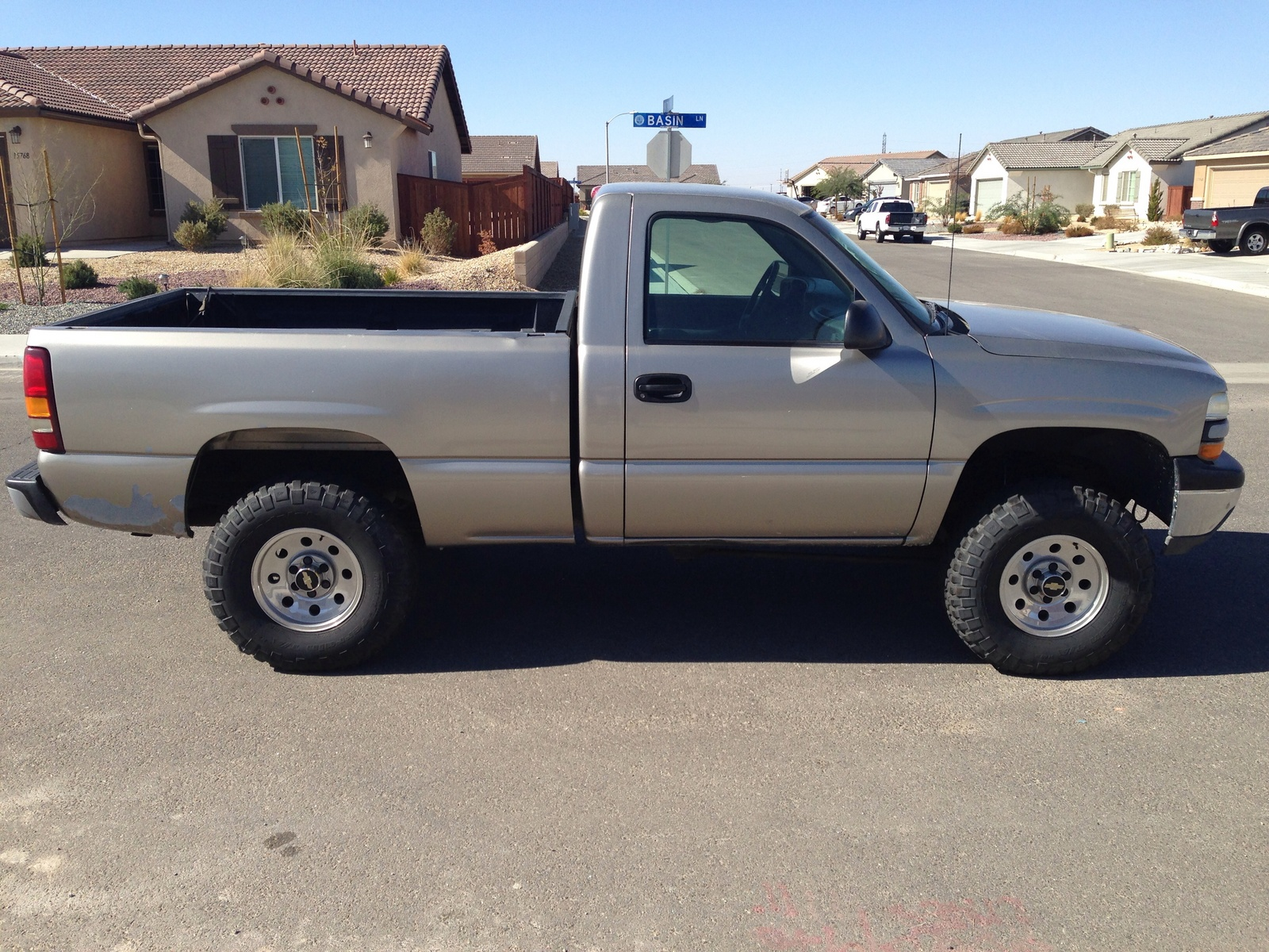 picture of 2001 chevrolet silverado 1500 base short bed 4wd exterior. Cars Review. Best American Auto & Cars Review