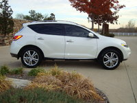 Picture of 2011 Nissan Murano LE, exterior