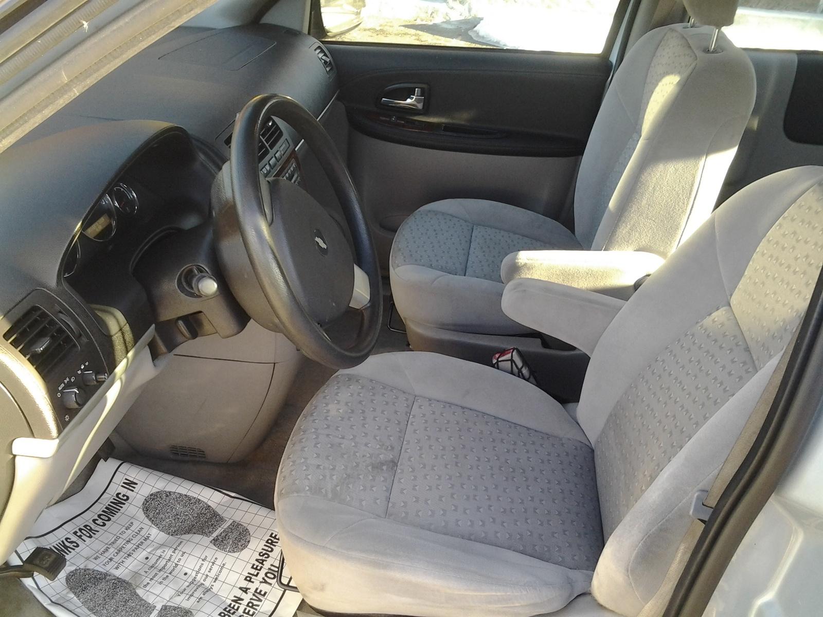 Picture Of 2007 Chevrolet Uplander Ls Interior