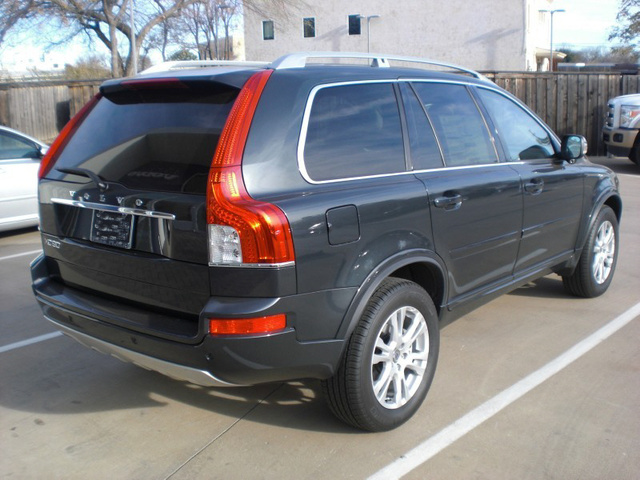 Picture of 2013 Volvo XC90