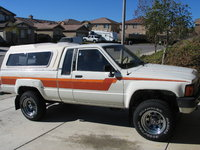 Picture of 1983 Toyota Pickup 2 Dr Deluxe 4WD Standard Cab SB, exterior