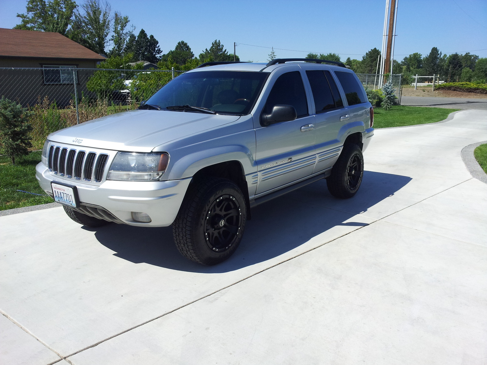 2003 jeep grand cherokee overland 4wd picture exterior. Cars Review. Best American Auto & Cars Review
