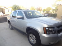 Picture of 2013 Chevrolet Avalanche Black Diamond LS, exterior