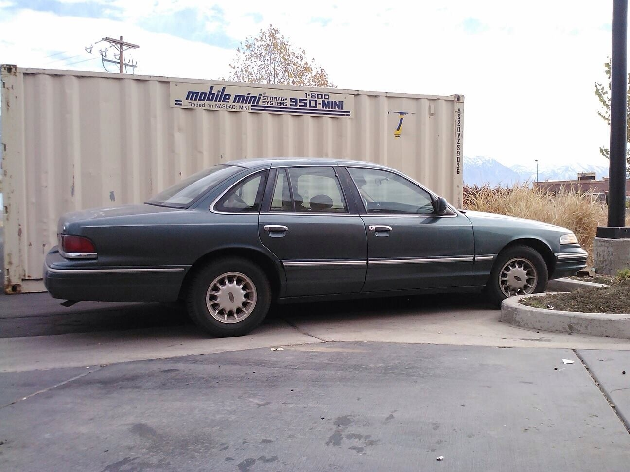 Ford Crown Victoria Questions How Many Miles Before Breakdown 1995 I Have Changed Oil Every 5000 Always Used Conventional 10w30 On Original Transmission Only Problem Is Worn Out Door Hinges