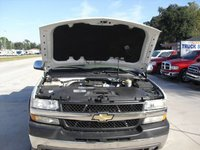 2001 Chevrolet Silverado 2500 picture, engine