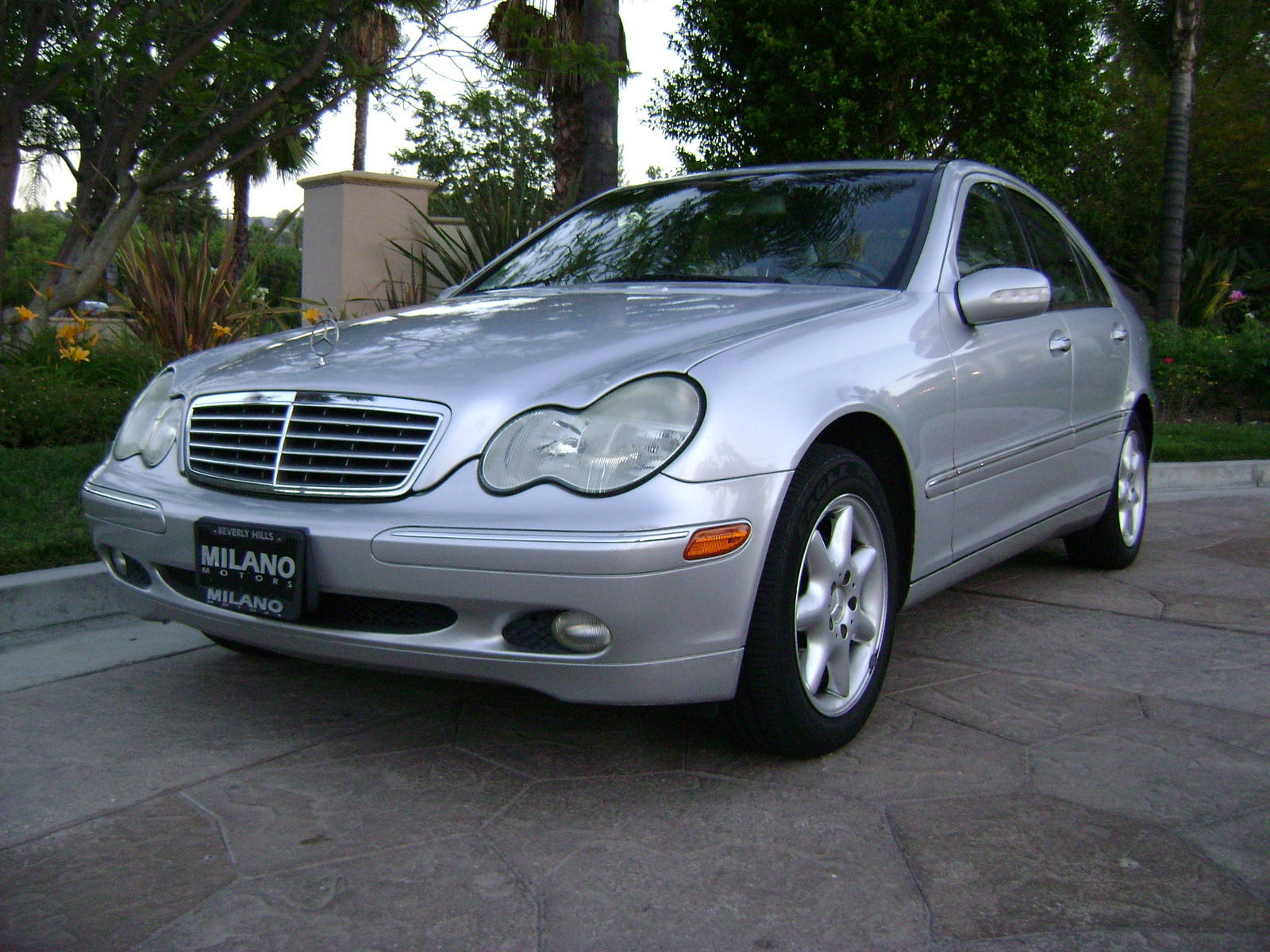 2001 mercedes benz c class pictures cargurus for 2001 mercedes benz s500 specs