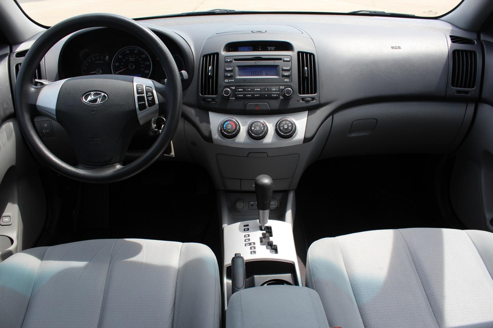 2009 Hyundai Elantra Interior Pictures Cargurus