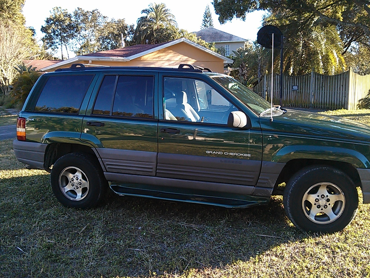 picture of 1997 jeep grand cherokee laredo 4wd exterior. Black Bedroom Furniture Sets. Home Design Ideas