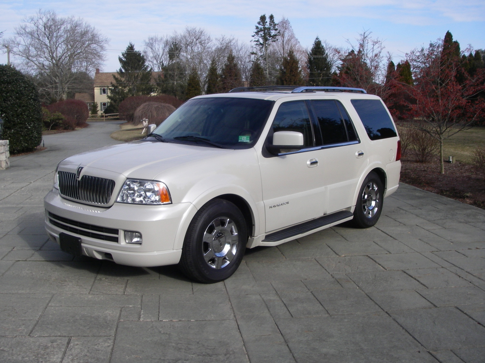 Graduation Hairstyles further 2001 Lincoln Continental Fuse Box Diagram moreover Nissan Frontier Power Window Wiring Diagram further 2005 Lincoln Navigator Pictures C2595 pi36546533 further Index2. on 2000 lincoln continental problems