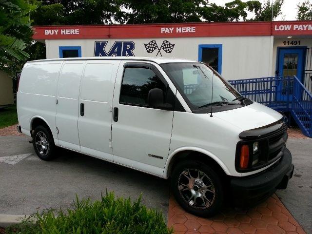 2002 Chevrolet Express Cargo 1500 RWD, 2002 Chevrolet Express G1500 Cargo Van, exterior, gallery_worthy
