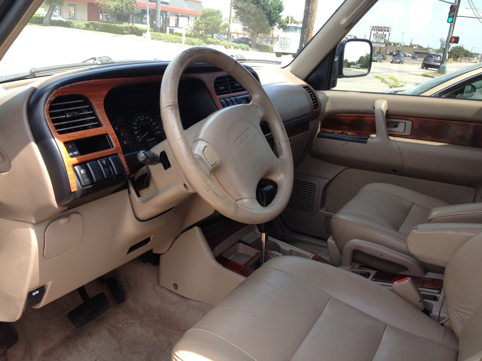 picture of 2001 isuzu trooper 4 dr ls suv interior. Black Bedroom Furniture Sets. Home Design Ideas