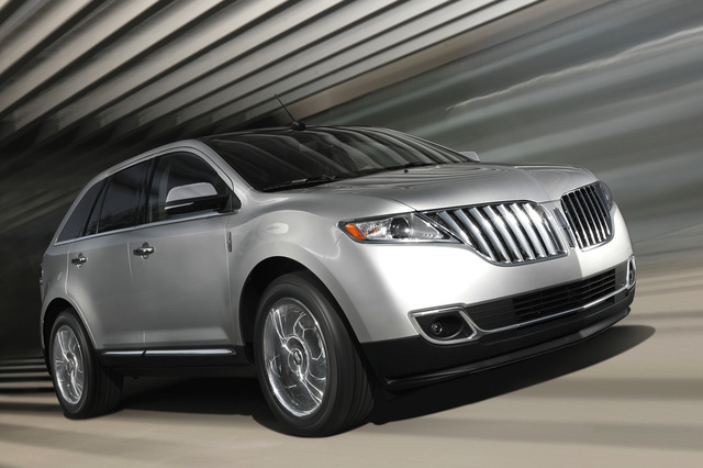2014 Lincoln MKX, Front-quarter view, exterior, manufacturer, gallery_worthy