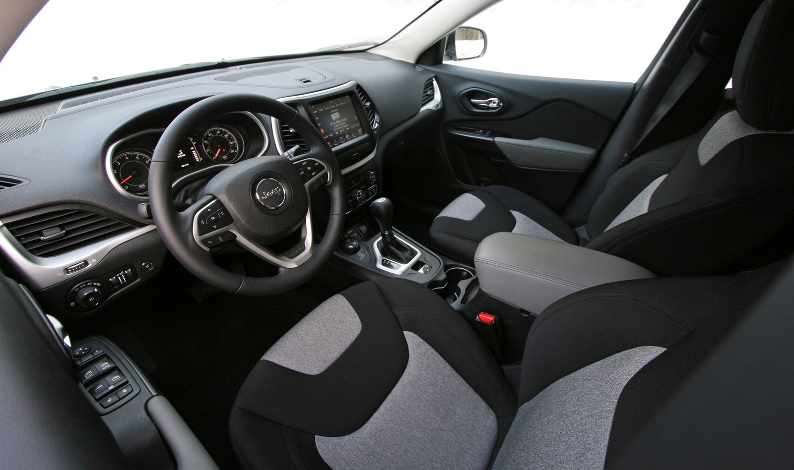 2014 jeep cherokee interior pictures cargurus. Cars Review. Best American Auto & Cars Review