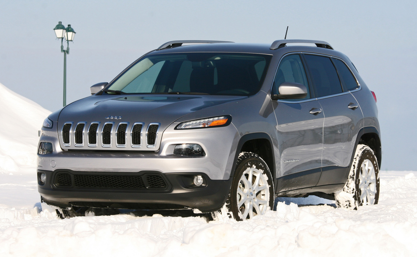 2014 Jeep Cherokee snow