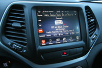2014 Jeep Cherokee UConnect / infotainment, technology, interior