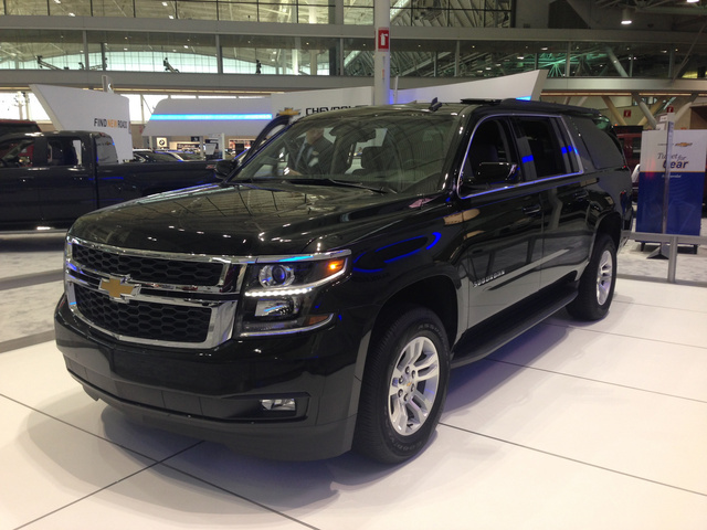 2015 chevrolet suburban overview cargurus. Black Bedroom Furniture Sets. Home Design Ideas