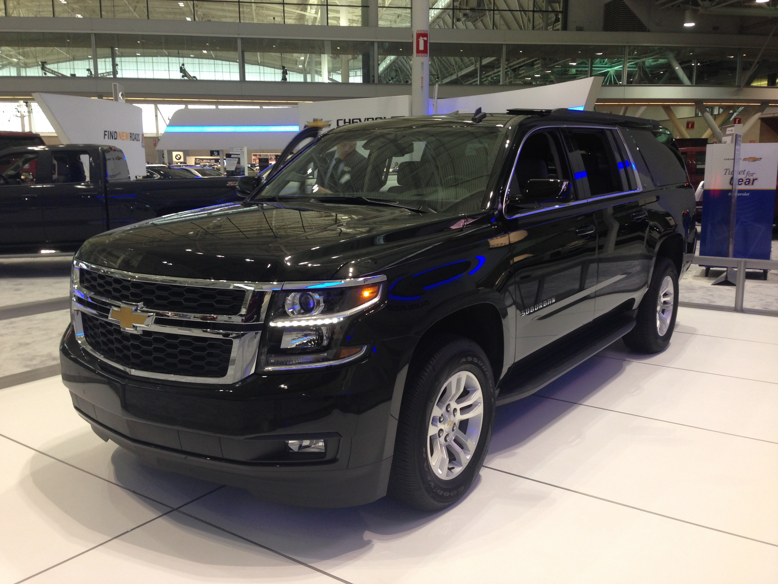 2015 chevrolet suburban review cargurus. Black Bedroom Furniture Sets. Home Design Ideas