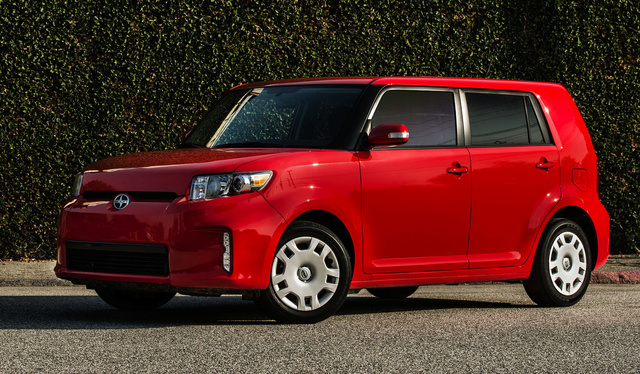 2014 Scion xB, Front-quarter view, exterior, manufacturer, gallery_worthy