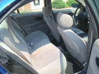 2002 Saturn L-Series 4 Dr L200 Sedan picture, interior
