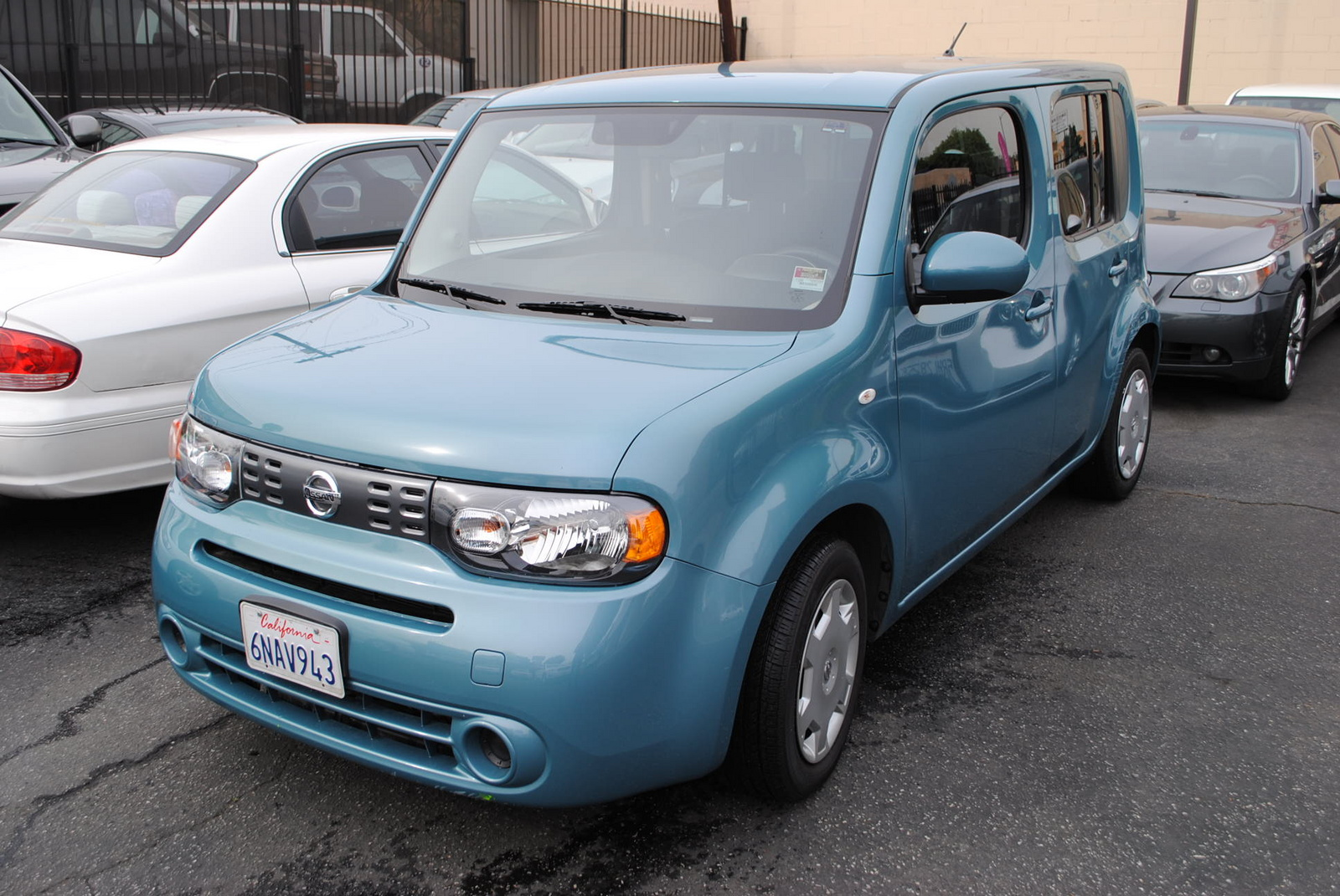 2010 nissan cube exterior pictures cargurus. Black Bedroom Furniture Sets. Home Design Ideas