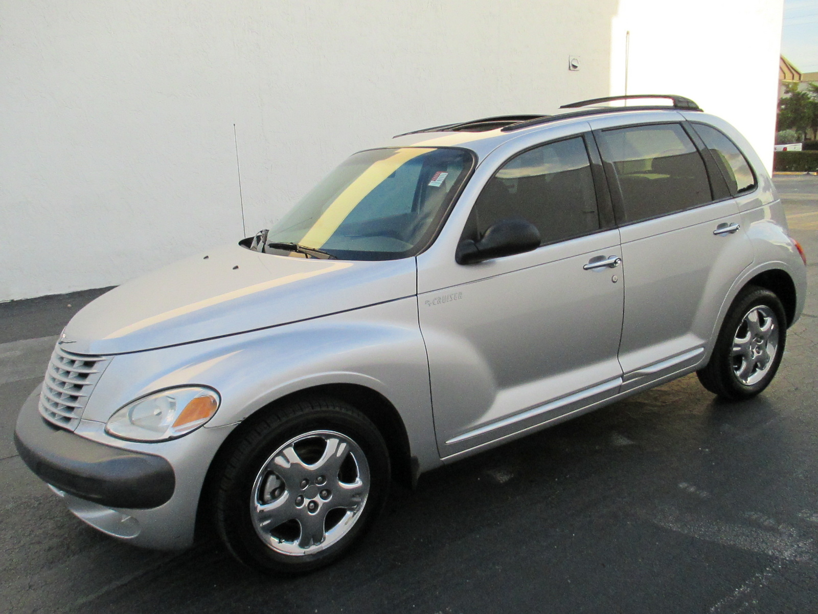 picture of 2001 chrysler pt cruiser limited exterior. Cars Review. Best American Auto & Cars Review