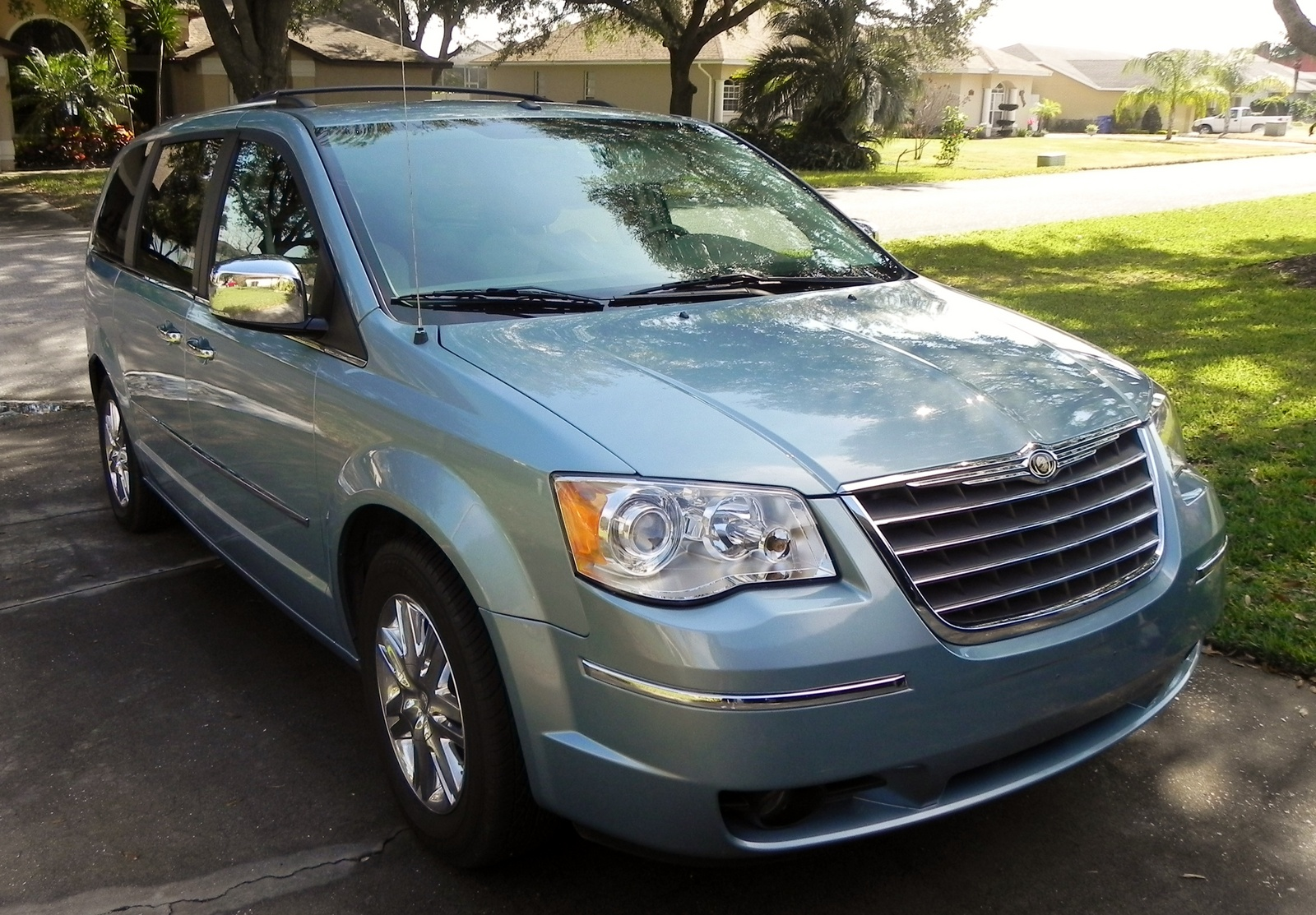 2008 chrysler town country pictures cargurus. Black Bedroom Furniture Sets. Home Design Ideas