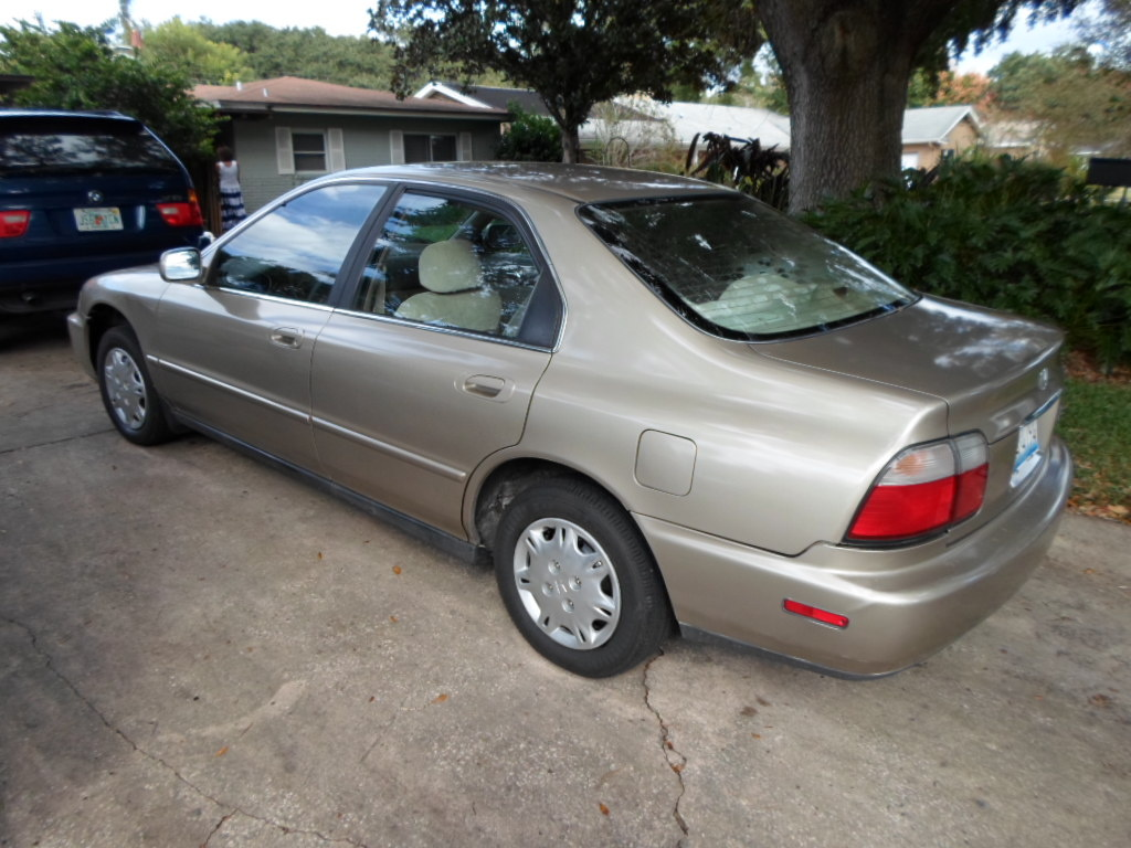 Picture of 1997 Honda Accord DX, exterior